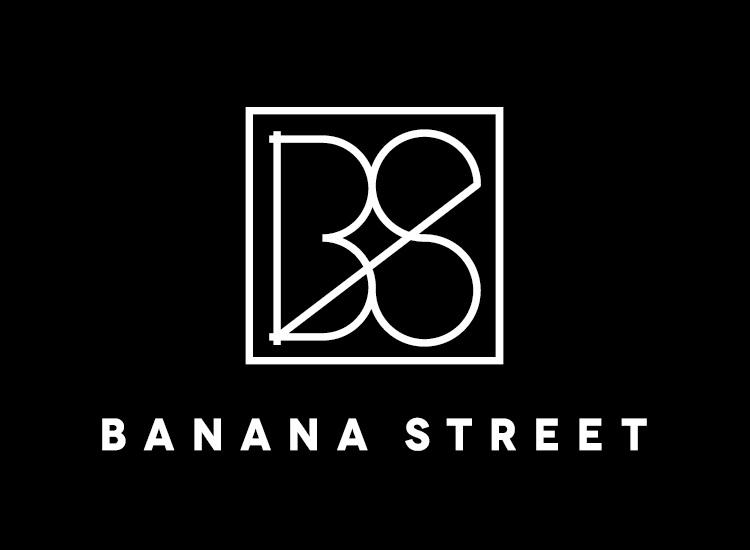 logo tienda de ropa