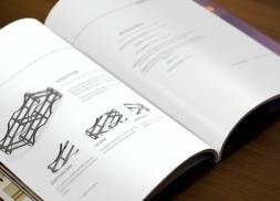 Diseño de dossier para el sector de vino en Navarra