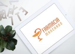 Diseño de logotipo para farmacia en Barcelona