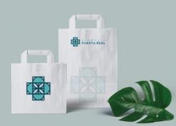 Diseño de logotipo para farmacia con mosaico