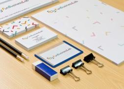 Diseño papelería para consultoría de IT y marketing