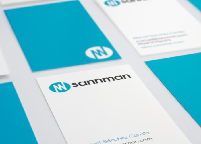 Diseño de tarjetas corporativas para consultoria startups