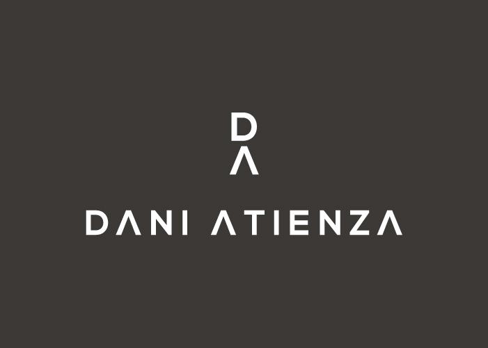 Diseñamos el logo para un fotógrafo dedicado a la fotografía documental y de bodas
