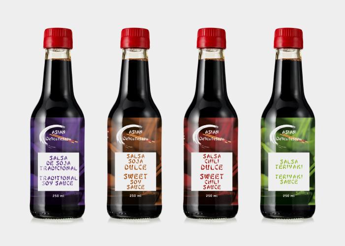 Diseño de etiquetas para diferentes tipos de salsas asiáticas