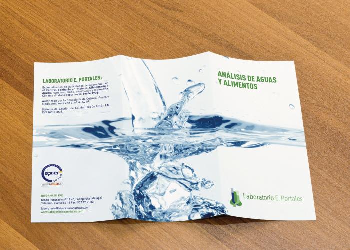 Diseño de tríptico para un laboratorio de análisis de aguas