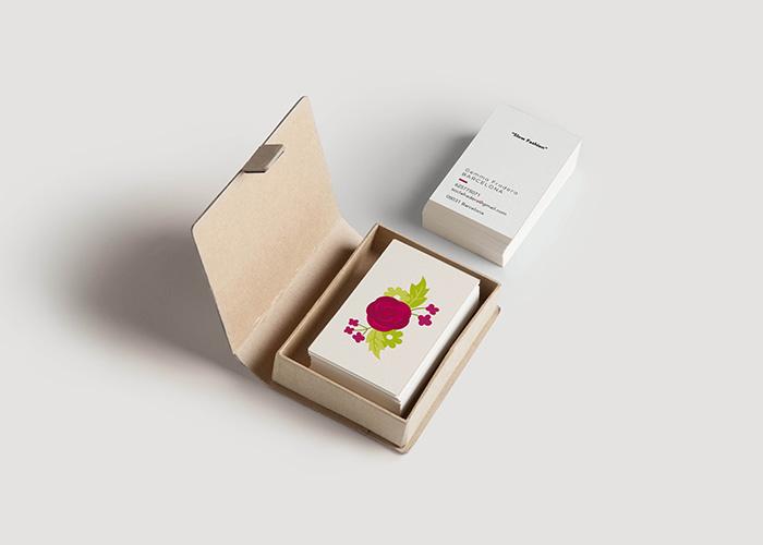 Diseño de tarjeta de visita para diseñadora de moda en Barcelona