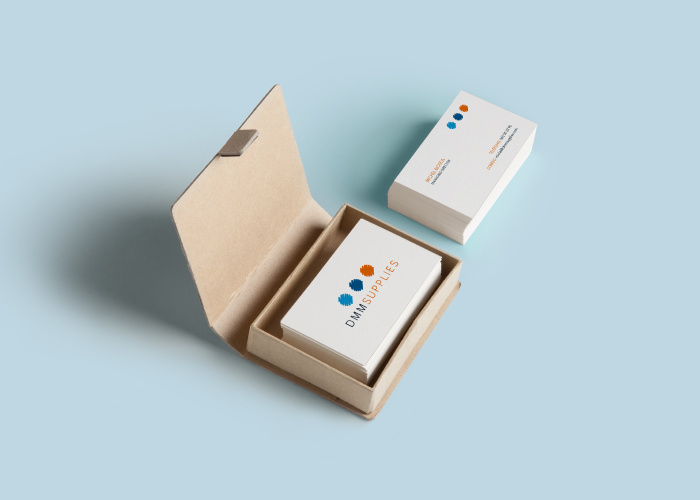 Diseño de tarjetas de visita para una empresa de distribución de material de oficina