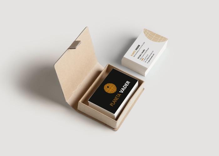Diseño de tarjetas de visita originales para tienda dedicada a la venta de artículos para coleccionistas
